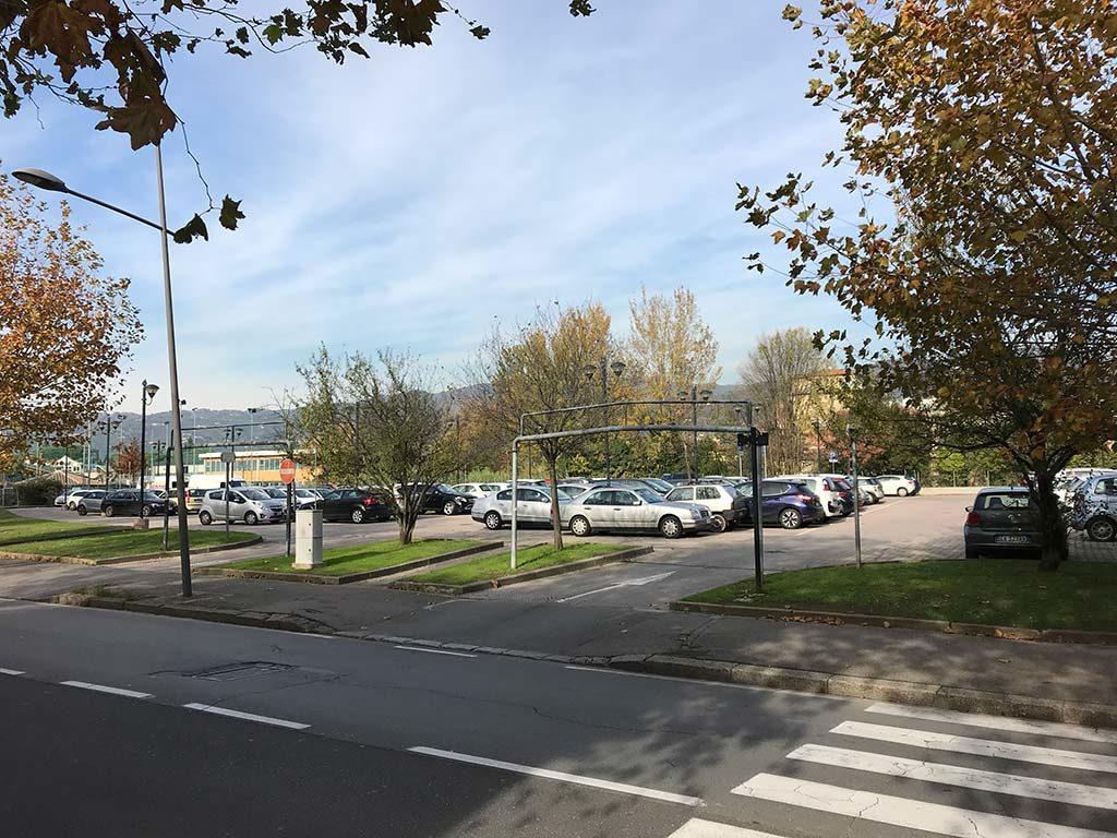 Montecatini Terme free car park Viale Leonardo da Vinci
